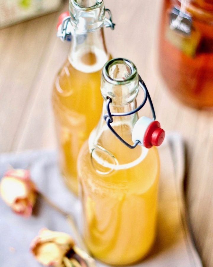 Kombucha Series Part #1: 11 Important things to know for a successful kombucha brew. Let's dive a little deeper - this article covers a list of important questions and answers to make kombucha 1st fermentation as successful as possible. Also included a basic recipe and instruction for those who are new to kombucha brewing.
