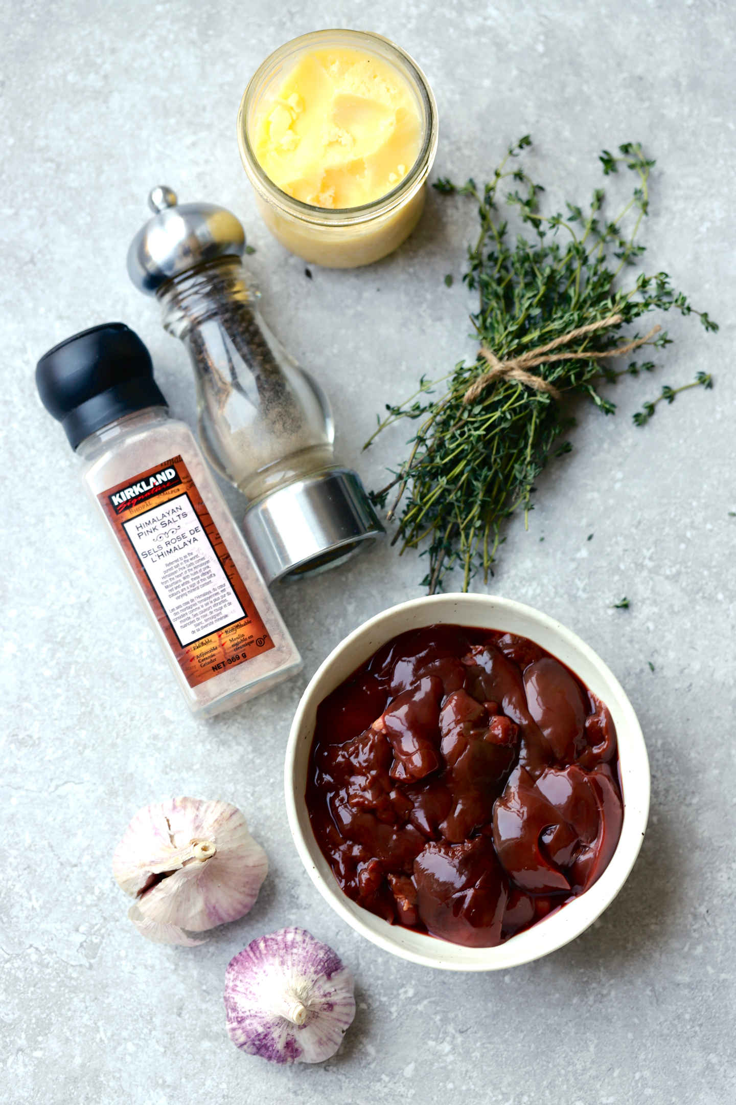 ingredients to make an easy chicken liver pate